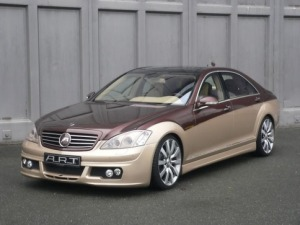 pic of Benz S Class