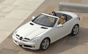 pic of Benz SLK