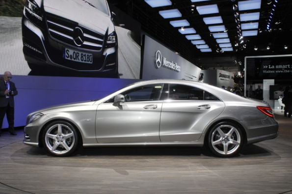 Shapely Mercedes-Benz CLS arrives in Paris